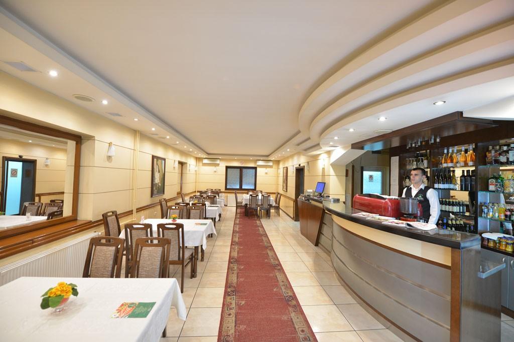 restoran-enterijer