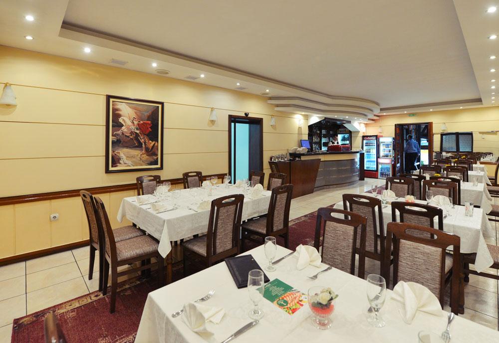 restoran-enterijer-2